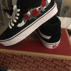 Rose embroidery vans